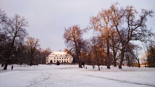 park winter sunset snow building espoo finland nokia raw lumi talvi puisto 1520 rakennus uusimaa dng kartano lumia lippajärvi