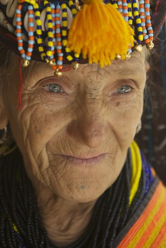 Kalash Women, Chitral Pakistan  Дар Покистон як қабилаи мардуми пурасрор бо чашмони кабуд зиндагӣ мекунанд 9318561257 004182d3ea c