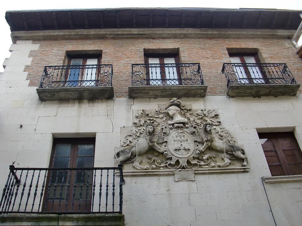 BLASON PALACETE SALVATIERRA-AGURAIN