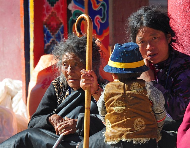 Pilgrims at Yarchen Gar, Tibet 2013
