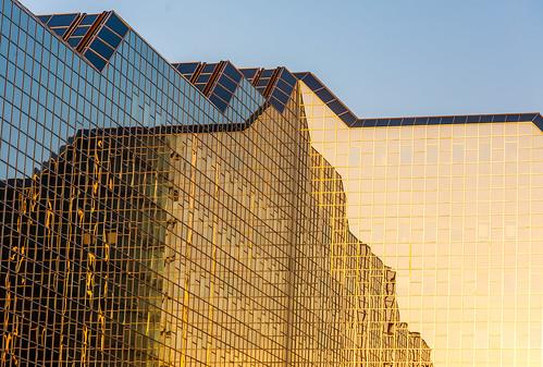 utrecht rabobank reflection art architecture abstract mirroring urban gold golden