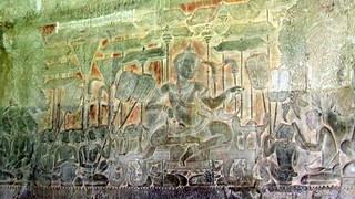 Carvings of the Battle of Kurukshetra at Angkor Wat | by David Jones