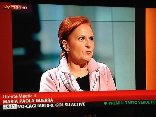 LA DIRETTA VIDEO TV A SKY TG24 CON PAOLA SALUZZI E MEETIC NELLO SPECIALE INTERNET CHATTIAMO DOVE ABBIAMO ANALIZZATO LE FASI DEL CORTEGIAMENTO W DELLA CREAZIONE DI UNA COPPIA VIA INTERNET E I SOCIAL MEDIA   by Michele Ficara Manganelli