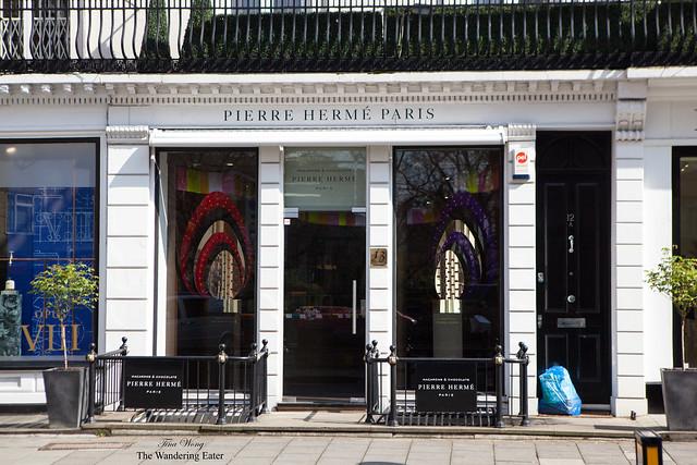Entrace to Pierre Hermé (Belgravia, London location)