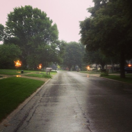 It's raining and I'm #running #shirleyruns #feelsgreat | by shirley319