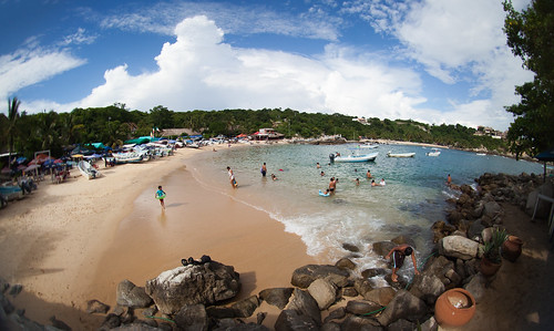 'Hidden Cove', Mexico, Puerto Escondito, Fishing Beach | by WanderingtheWorld (www.ChrisFord.com)