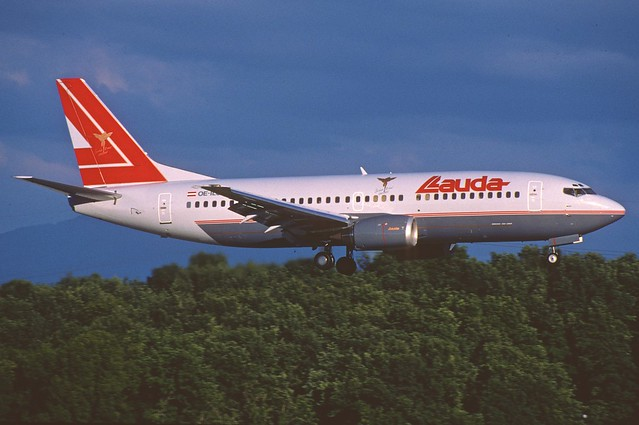 Lauda Air Boeing 737-300; OE-ILG@GVA, July 1998/CSZ