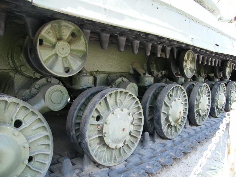 IS-4 (4)