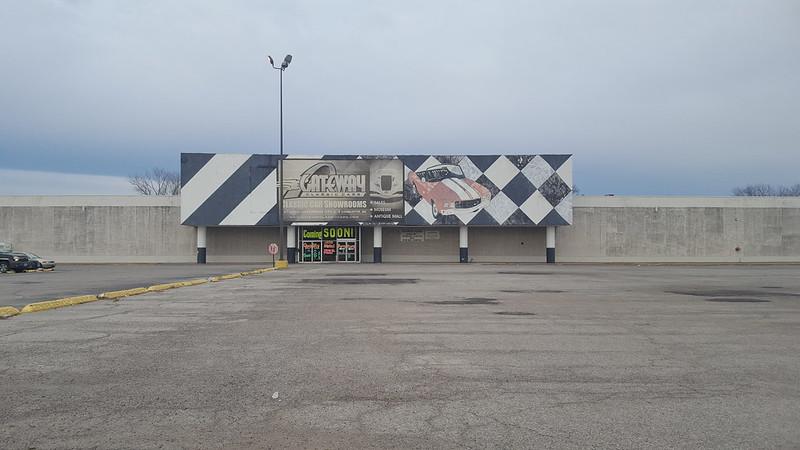 Venture East St Louis, IL 2
