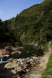Walk path at Karangahake Gorge | by Benjamin Beck