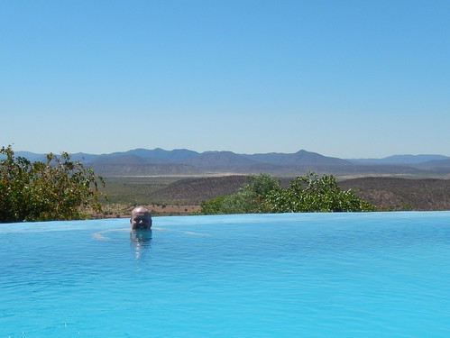 Opuwo Country Lodge - infinity edge pool