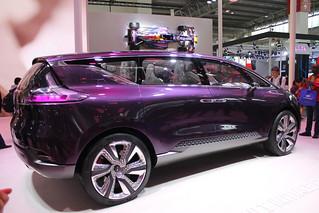 Renault-(Espace-)-Concept-01
