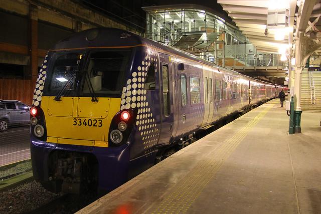 334029 & 334023, Edinburgh Waverley, February 29th 2016