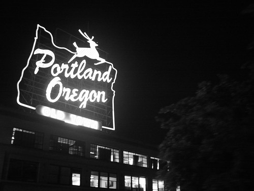 the famous portland deer sign 03-06June2014 portland | by roland