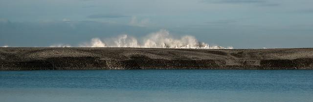 20150615_7983_1D3-105 Waves at Rakaia Lagoon