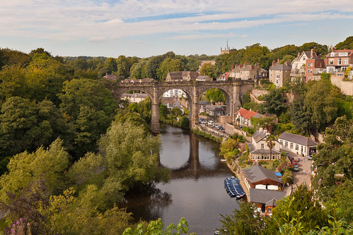 day cloudy yorkshire viaduct knaresborough northyorkshire railwayviaduct rivernidd