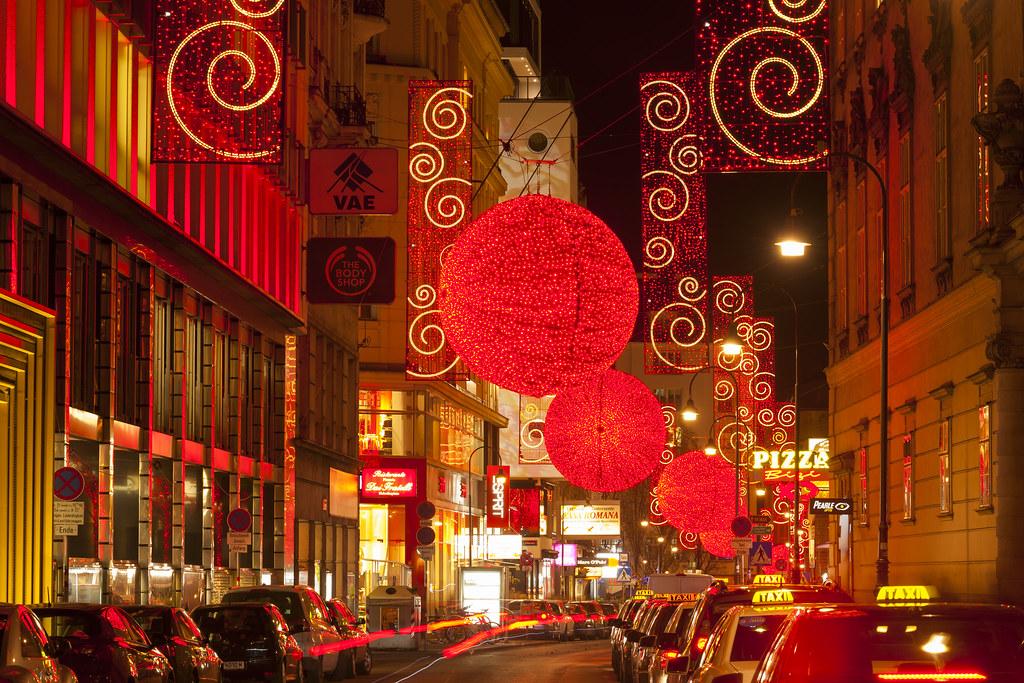 Pearl Weihnachtsbeleuchtung.Magical Christmas Lights In Vienna Magische Weihnachtsbe Flickr