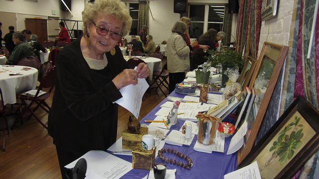 IMG_6080 Marilyn Radaz SB Rose Society auction donations