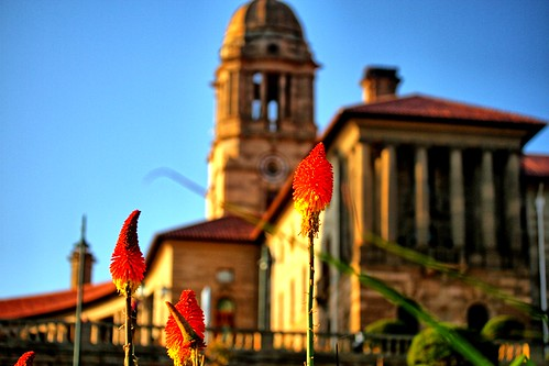 africa city sunset gardens southafrica skies statues parliament historic clear capitol government pretoria nelsonmandela highfield highveld highfeld theunionbuildings