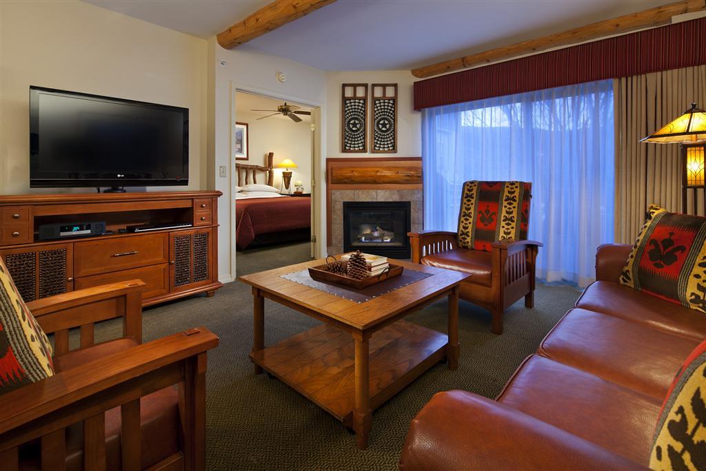 Atlanta perimeter hotel suites two bedroom villa livin - Two bedroom suites in atlanta ga ...