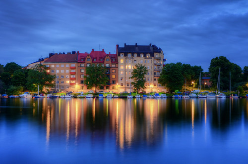 city trees houses night marina buildings reflections landscape boats cloudy sweden stockholm dusk sverige bluehour hdr waterscape gröndal liljeholmsviken gröndalshamnen