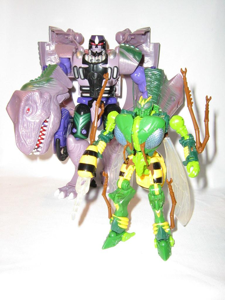 Hasbro Transformers Generations Thrilling 30 Predacon Waspinator Action Figure