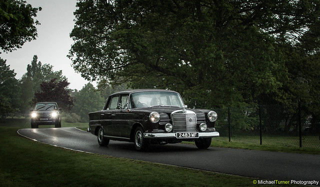 Mercedes-Benz 190 C Fintail (Old & New Luxury)