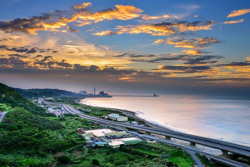 taiwan newtaipeicity bali sunset cloud sky outdoors scenery hightway westcoast 台灣 新北市 八里區 瑞平國小 西濱公路 夕陽 黃昏