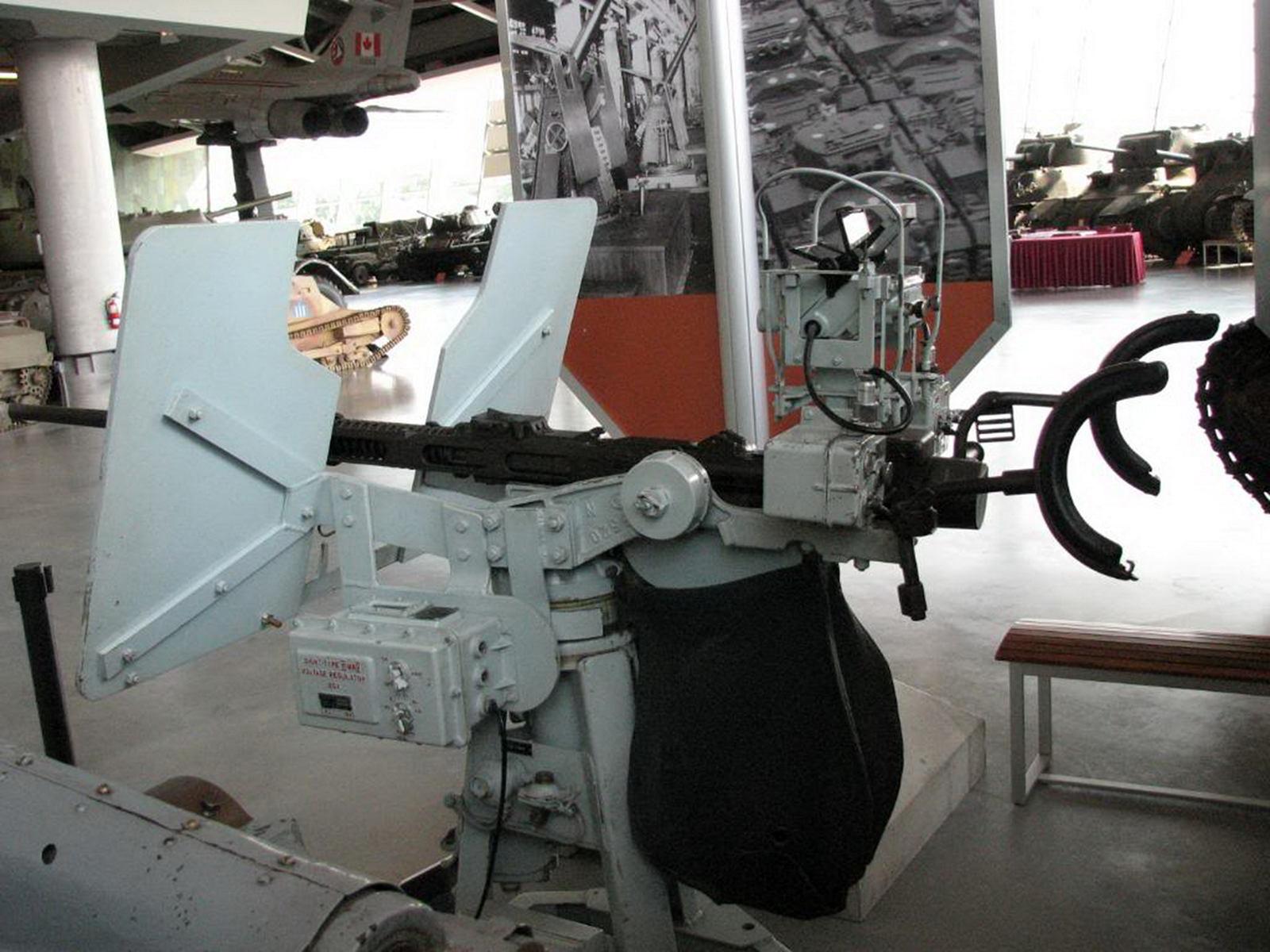 20mm Anti-Aircraft Gun (2)