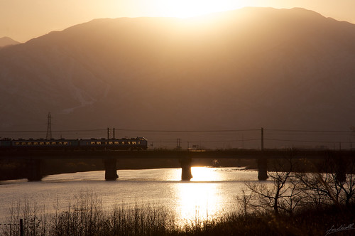 morning japan train jaune dawn nikon niigata 18105 2014 d90