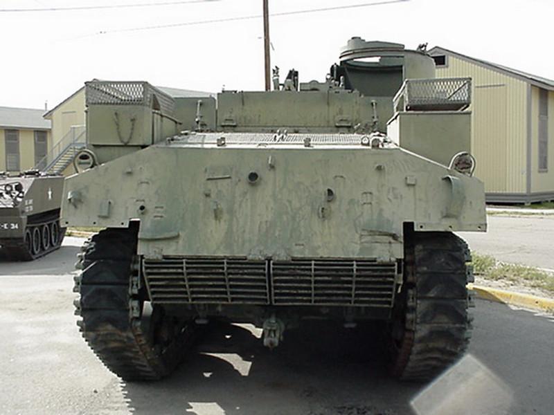 M7B2 Priest (4)