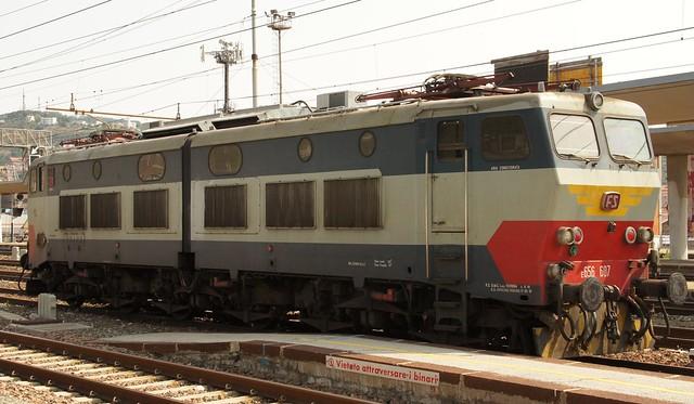 E656 607 OLD