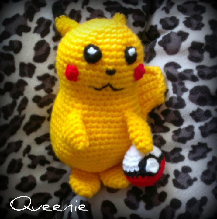 Ravelry: Pikachu Pokemon Amigurumi pattern by Erin Huynh | 720x714