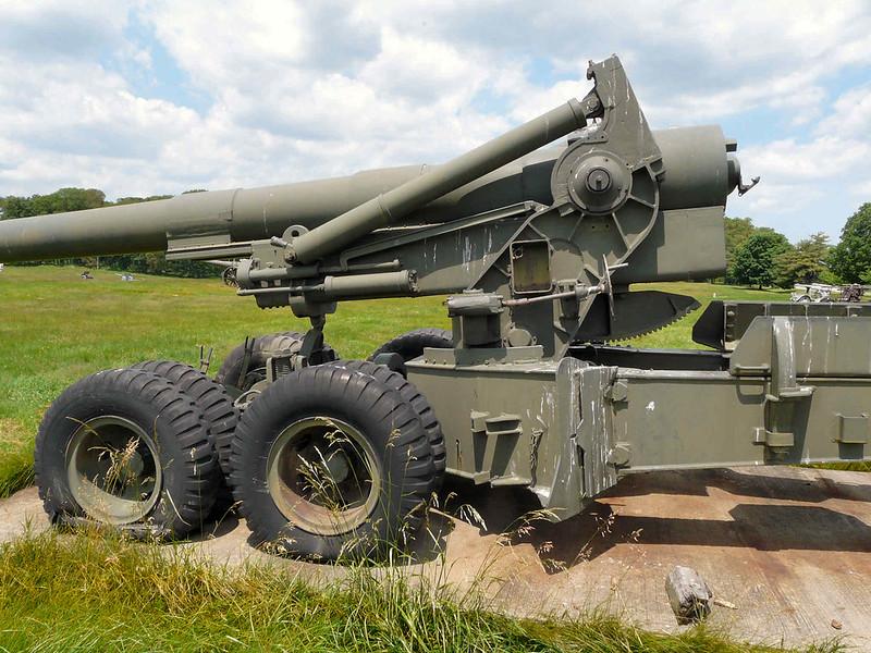 M115 203mm Howitzer (7)