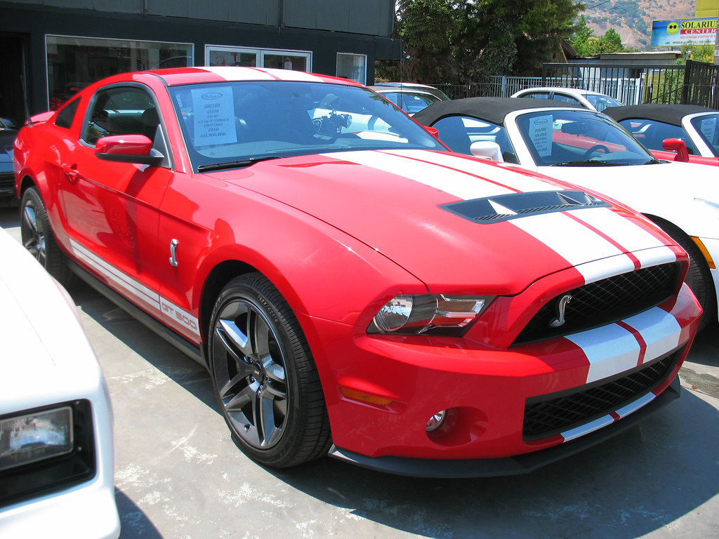 ford mustang shelby gt500 cobra 2010