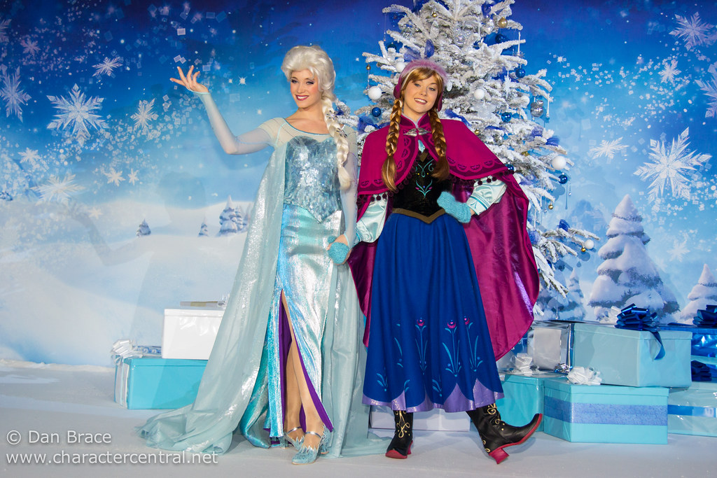 Frozen Christmas Special.Special Christmas Morning Frozen Breakfast Disneyland Pa