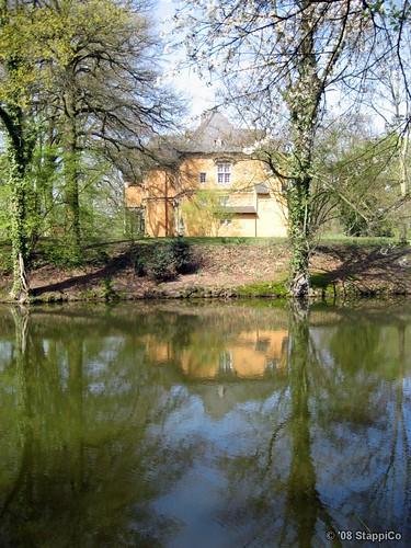 park flora natur schloss spiegelung schlosspark mönchengladbach niederrhein spiegelungen schlossrheydt altegebäude
