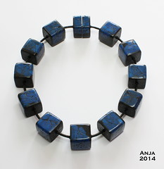 Necklace Fair & Square (hollow beads)