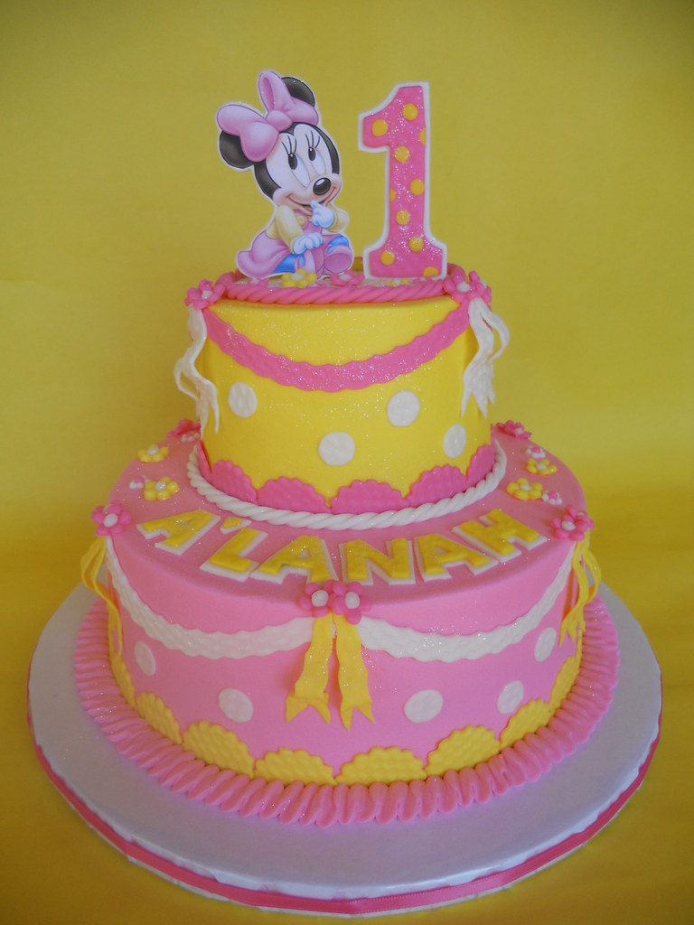 Brilliant Baby Minnie 1St Birthday Cake Amy Stella Flickr Birthday Cards Printable Riciscafe Filternl