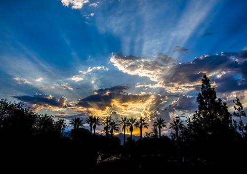 clouds sunrise rays hdr crepuscularrays topaz godrays 32bit lacanada photomatix