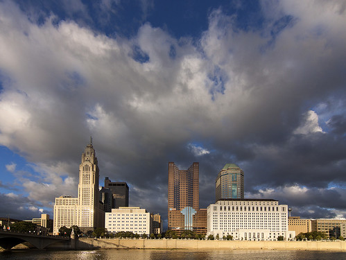 travel columbus ohio water skyline clouds buildings river skyscrapers bluesky