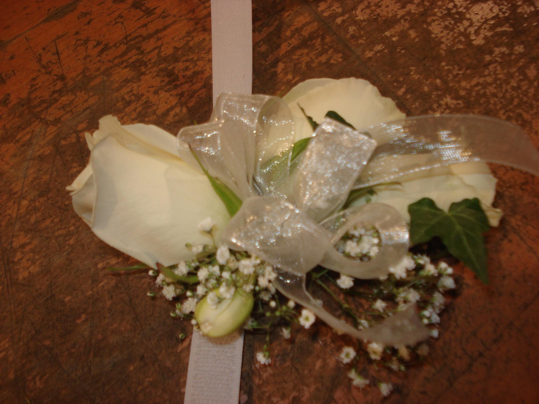 Farah Florist W-CB-5.      $15-20