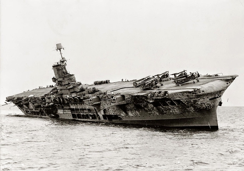 EL HMS ARK ROYAL