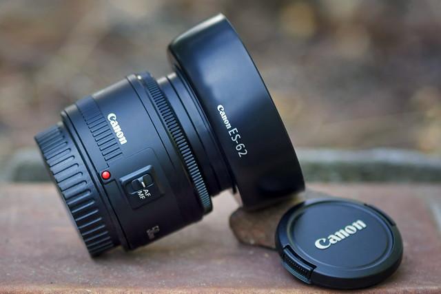 CANON EF 50mm ƒ/1.8 II (Nifty Fifty)