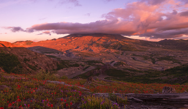Sunset Clouds over Mt St Helens, WA
