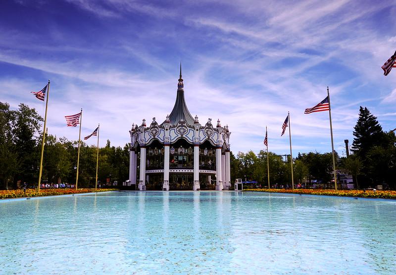 Six Flags Great America Carousel