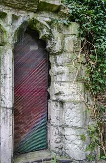 York Curiouser - embroidery thread work (7)