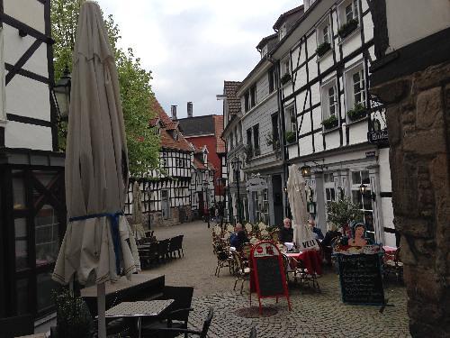 Legkobitova, Veronika; Bochum, Germany - 6 Towns Close to Bochum