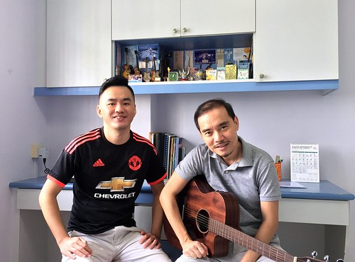 Private guitar lessons Singapore Wee Fatt