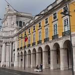 3 Plaza del Comercio 11